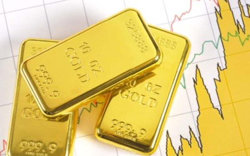 Emas Sebagai Perlindungan dari Inflasi dan Suku Bunga Rendah